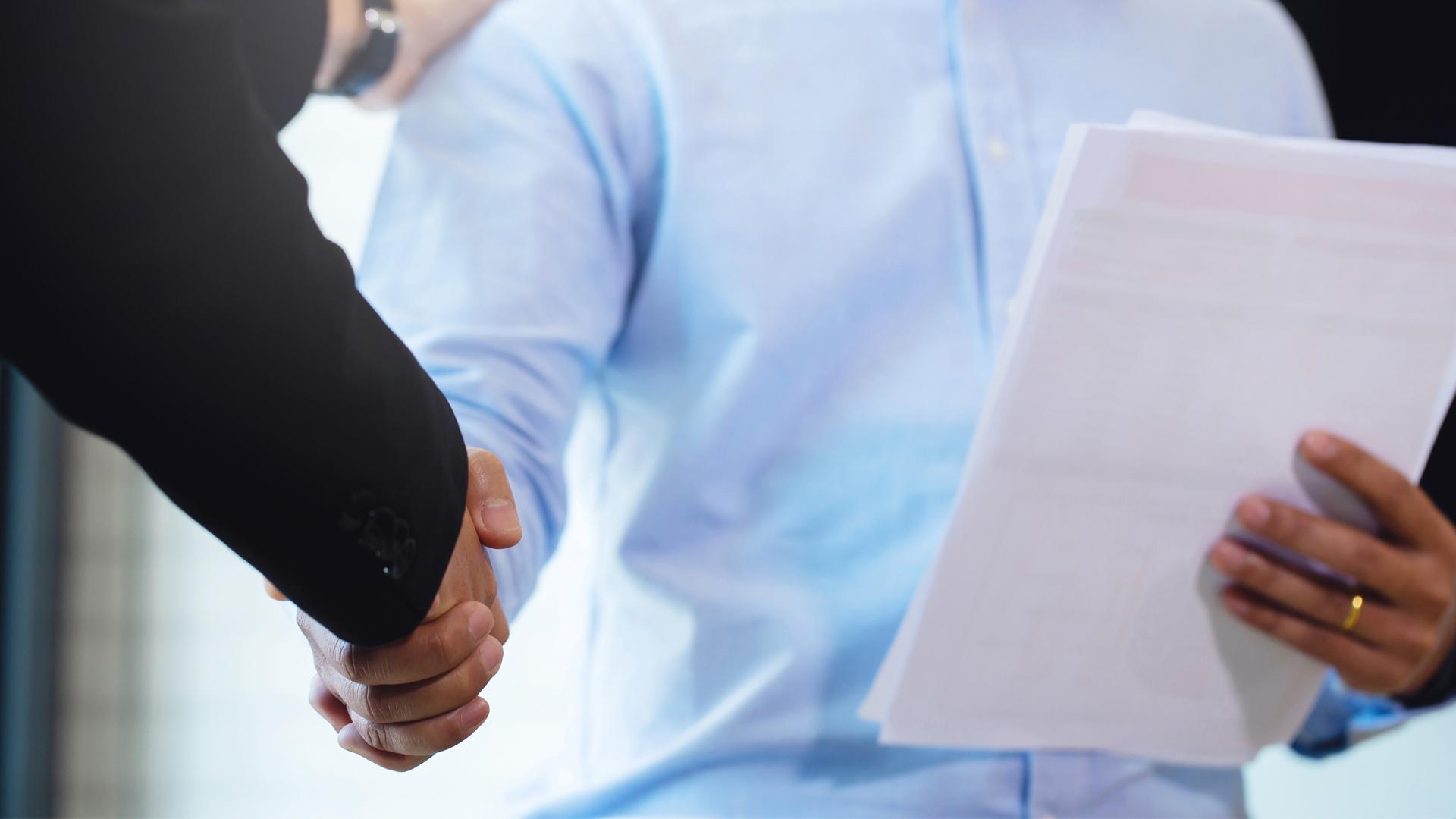 Wanneer moet je partner mee tekenen bij een borgtochtovereenkomst? - Blue Legal
